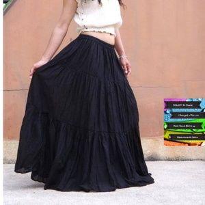 🆕️Breathable Black Velvet BOHO Maxi Skirt